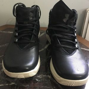 Under armour black boots sneakers
